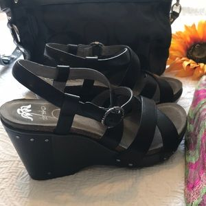 Dansko Frida Black Sandals - 40 - Like New